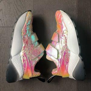 Stella McCartney Prisma Grip-Strap Holo Sneakers
